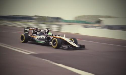 sportinis automobilis F1